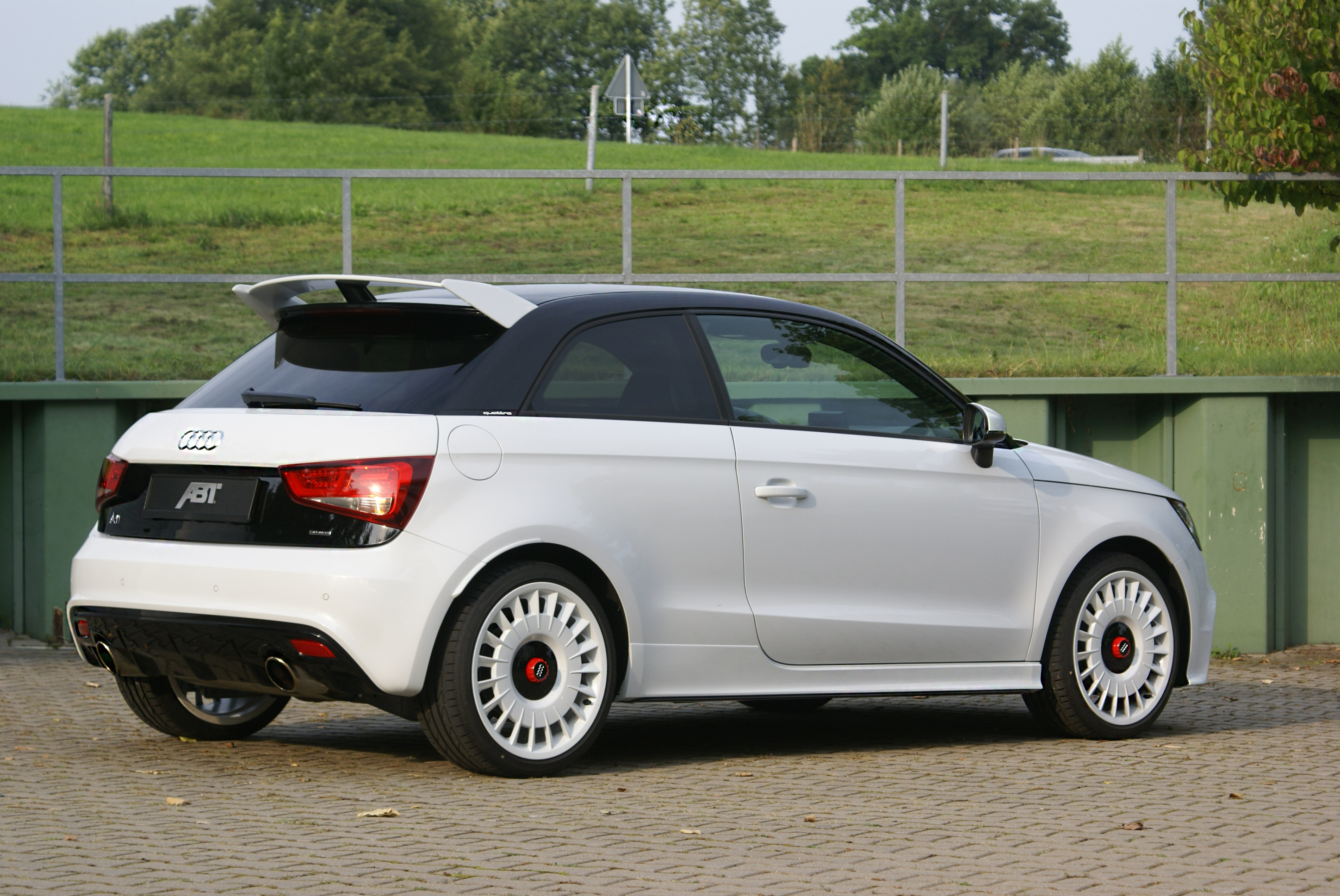 audi a1 quattro chiptuning von abt sportsline. Black Bedroom Furniture Sets. Home Design Ideas