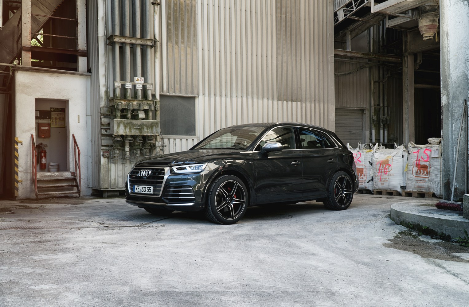 audi sq5 chiptuning von abt sportsline. Black Bedroom Furniture Sets. Home Design Ideas