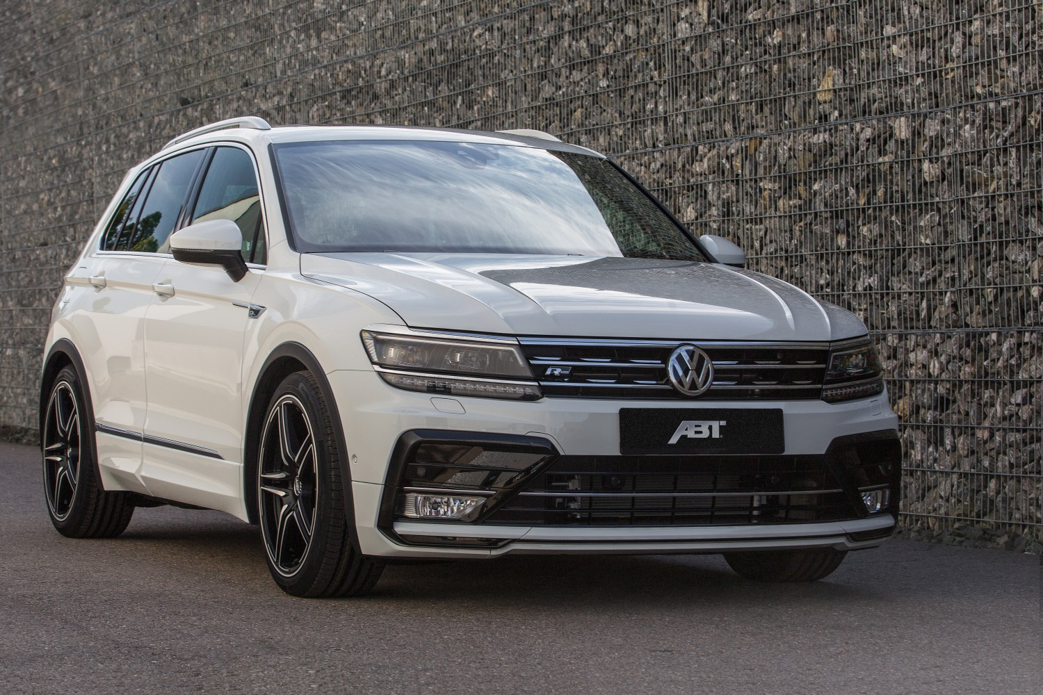 more abt power for the new vw tiguan. Black Bedroom Furniture Sets. Home Design Ideas